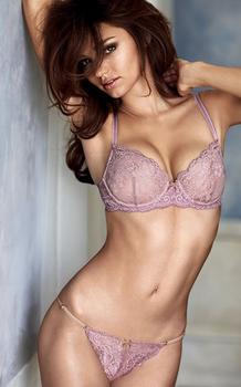 miranda-kerr-victorias-secret-ultimate-lingerie-collection-3.jpg